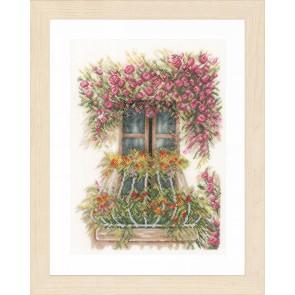 LAN. Zählmusterpackung Fenster geschmückt mit Blumen 27x36cm